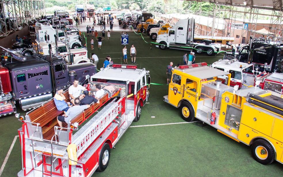 Expo Clássico reúne aficionados por veículos antigos em Sumaré (SP).  — Foto: Ailson Rodrigues