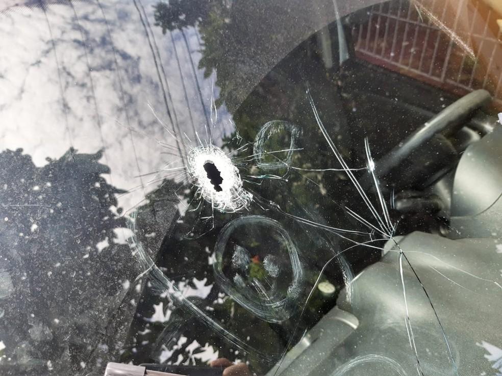 Bandidos trocaram tiros com a PM — Foto: Lucas Cortez/Inter TV Cabugi