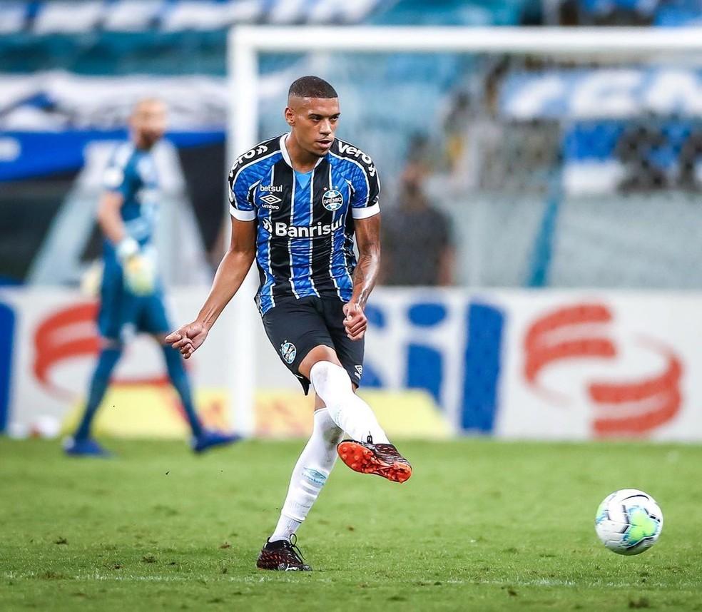 Ruan foi titular do Grêmio contra o Atlético-GO — Foto: Lucas Uebel/DVG/Grêmio