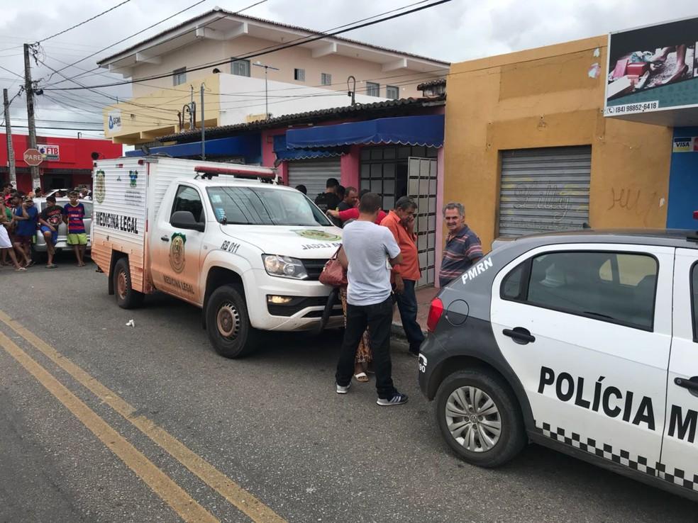 Dono de locadora foi vítima de latrocínio no bairro Pajuçara, Zona Norte de Natal  (Foto: Kleber Teixeira/Inter TV Cabugi )