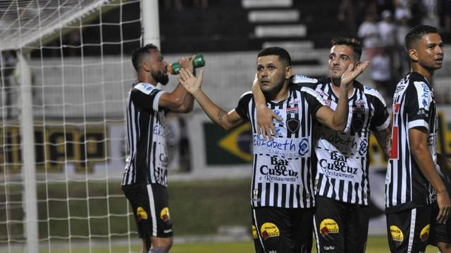 Dico marcou o primeiro gol do Botafogo-PB