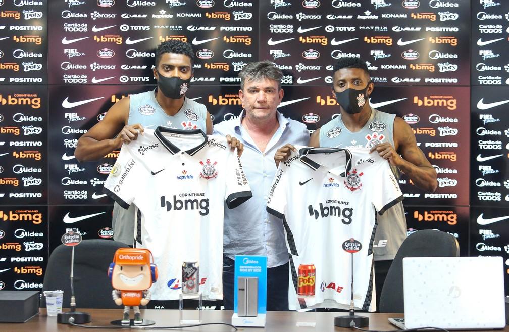 Jemerson, Andrés Sanchez e Jonathan Cafú Corinthians — Foto: Rodrigo Coca/Ag.Corinthians