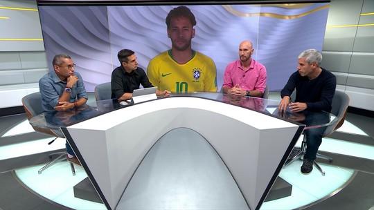 """""""O que ele escreve com o pé, apaga com a cabeça"""", diz Ricardinho sobre Neymar"""