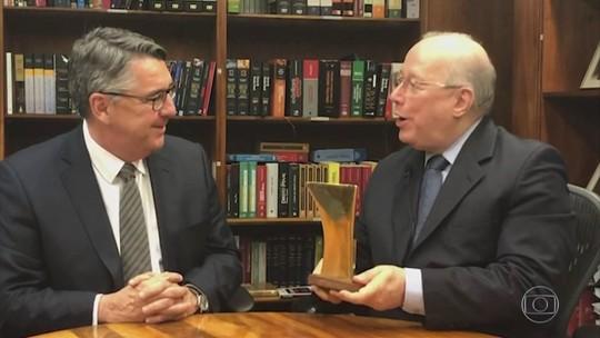 Ministro Celso de Mello do STF recebe Prêmio ANJ de Liberdade de Imprensa