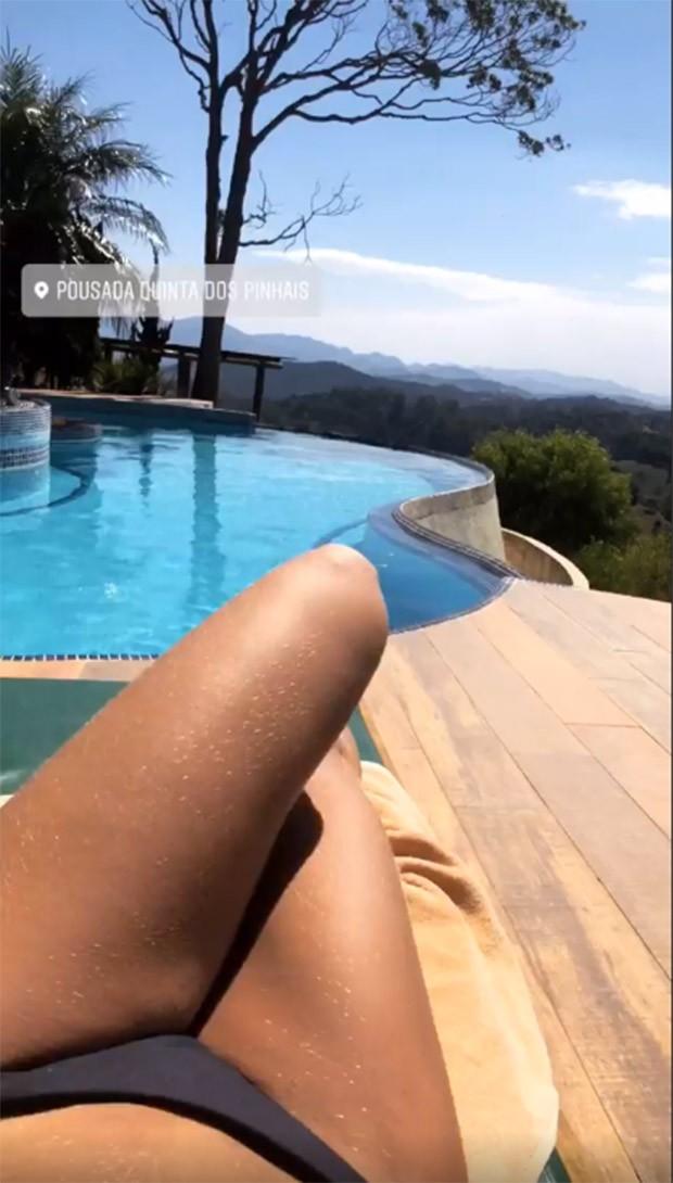 Flavia Viana mostra o visual de seu quarto na Serra da Mantiqueira (Foto: Reprodução/Instagram)