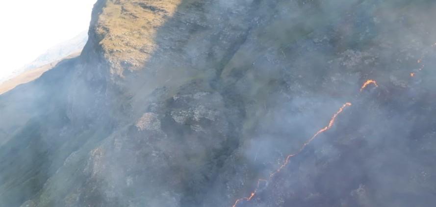 Incêndio no Parque Nacional da Serra do Cipó, em Minas Gerais, entra no sexto dia