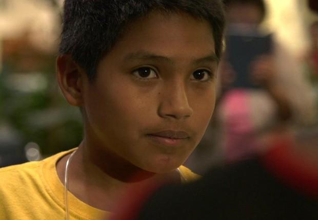 Depois de ser separado do pai, Brayan ficou num centro de detenção para crianças migrantes por quase três meses (Foto: Paul Harris/BBC)