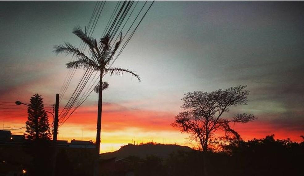 Terça-feira tem previsão de muitas nuvens e algumas aberturas de sol (Foto: Fernanda Burigo/G1)
