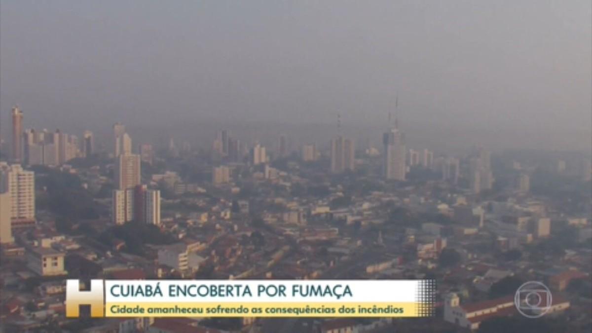 Incêndios e falta de chuvas deixam Cuiabá encoberta de fumaça