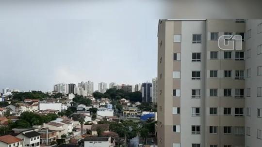 af7151f9a01 Time-lapse registra temporal e arco-íris em São José  assista