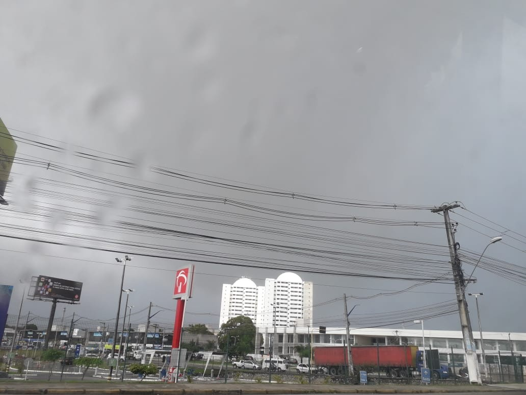 Previsão é de chuva nos próximos dias em Maceió