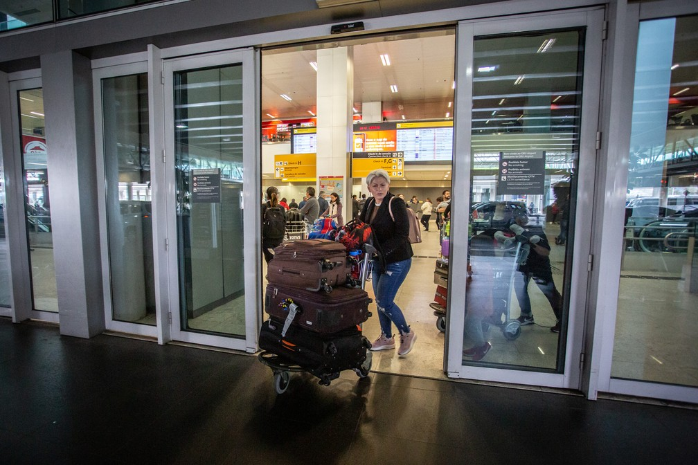 Gernúbia, de 26 anos, viveu com a família nos EUA por dois anos sem visto. — Foto: Marcelo Brandt/G1