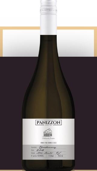 O Panizzon Chardonnay é elaborado com uvas de vinhedos próprios, em Flores da Cunha