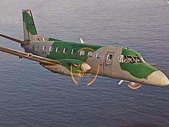 Avião modelo C-95, mesmo modelo da aeronave que aprentou problemas ao decolar do aeroporto de Brasília neste sábado (Foto: Sargento Simas/Agência Força Aérea)