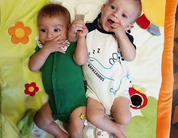 Benjamin e Gael, filhos de Sheron Menezzes e Maíra Chark (Foto: Reprodução Instagram)
