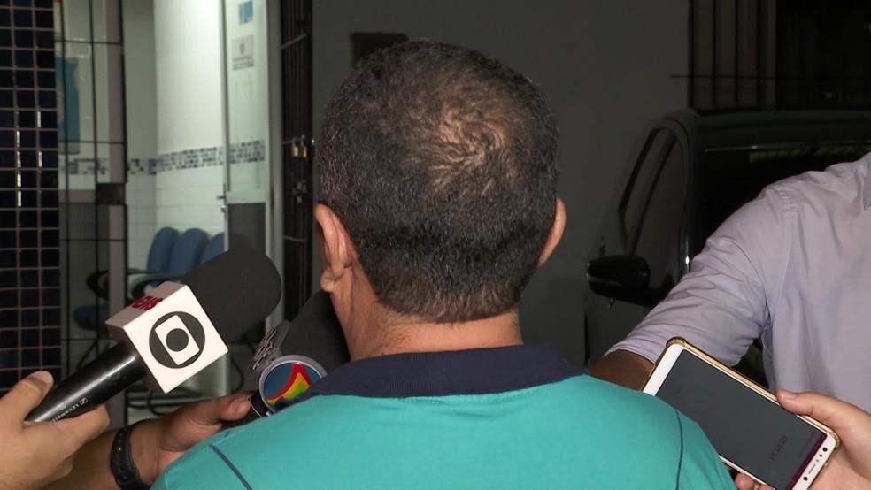 Motoristas que preferiu não ser identificado também foi até a delegacia para falar sobre comportamento de casal, nesta terça (7), no Recife  — Foto: Reprodução/TV Globo