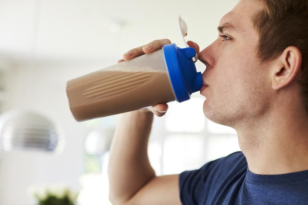 Benefícios do whey para a saúde têm sido cada vez mais difundidos (Foto: Istock)