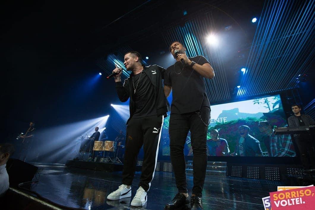 Thiago Martins e Bruno do grupo Sorriso Maroto (Foto: Reprodução / Instagram)