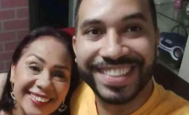 Gil, do 'BBB', com a mãe, Jaciara (Foto: Reprodução)