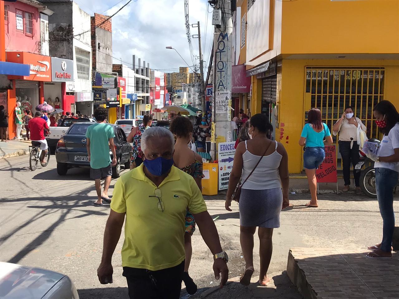 Lauro de Freitas autoriza fase dois da reabertura do comércio a partir de quarta-feira e prorroga medida de restrição noturna