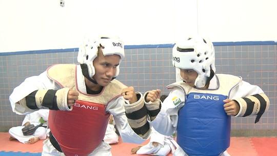 Telesé e Taekwondo agitam 'Zappeando'