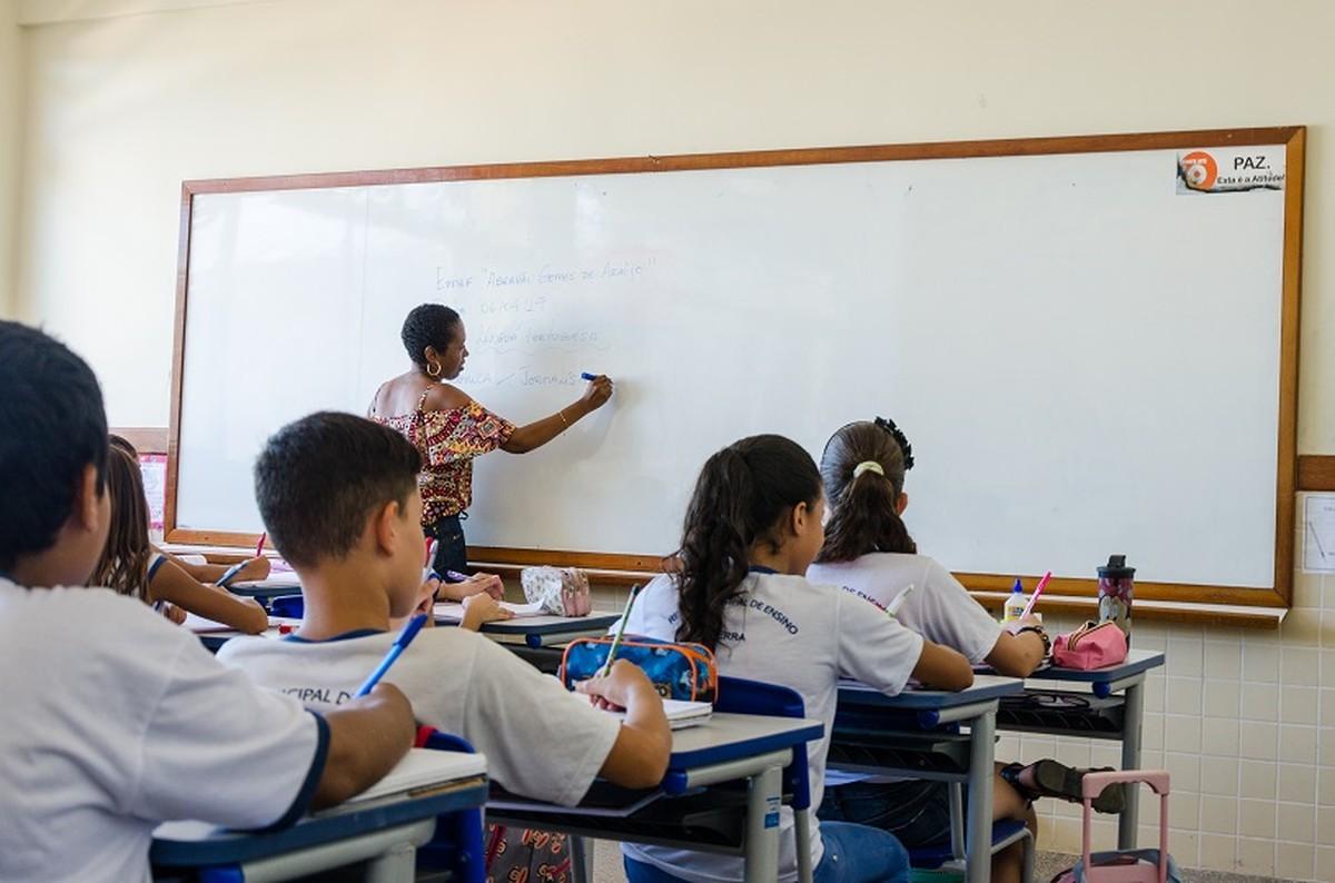 Processo seletivo com mais de mil vagas para professores é aberto na Serra, ES