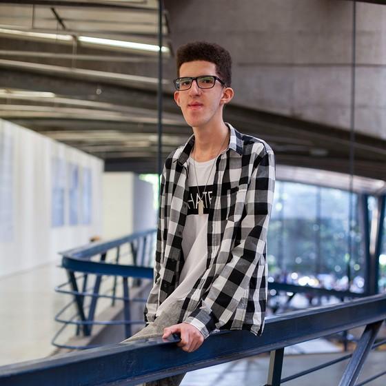 LUCAS COSTA MIGNOLI | 16 anos | Etec São Paulo | São Paulo, SP (Foto: Tuca Vieira e Joel Rocha)