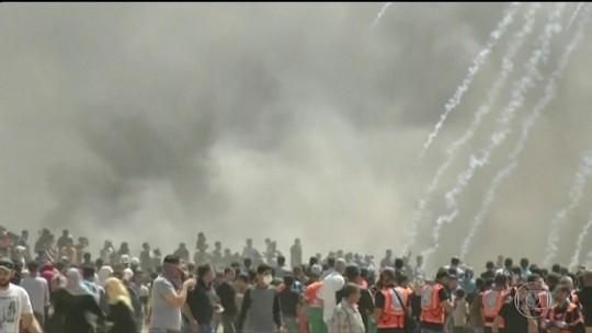 Confronto na fronteira da Faixa de Gaza mata 58 palestinos e fere 2.700