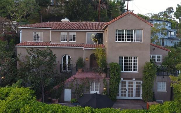Conheça a mansão de Usher, à venda por 4,2 milhões de dólares (Foto: Reprodução)