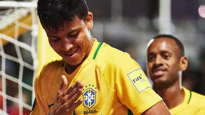 Mauricinho é eleito melhor jogador do mundo 649462d5acd31