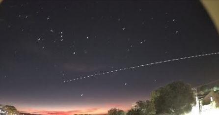 Foguete chinês que deve cair na Terra é visto no céu de SC; VÍDEO