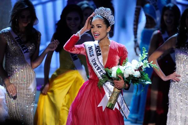 A modelo Olivia Culpo quando foi coroada Miss Universo em 2012 (Foto: Getty Images)