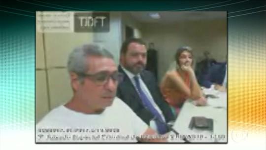 Garotinho e Rosinha vão a interrogatório em Campos, RJ, mas audiência é suspensa