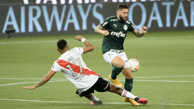 Zé Rafael teve uma das poucas boas chances do Palmeiras