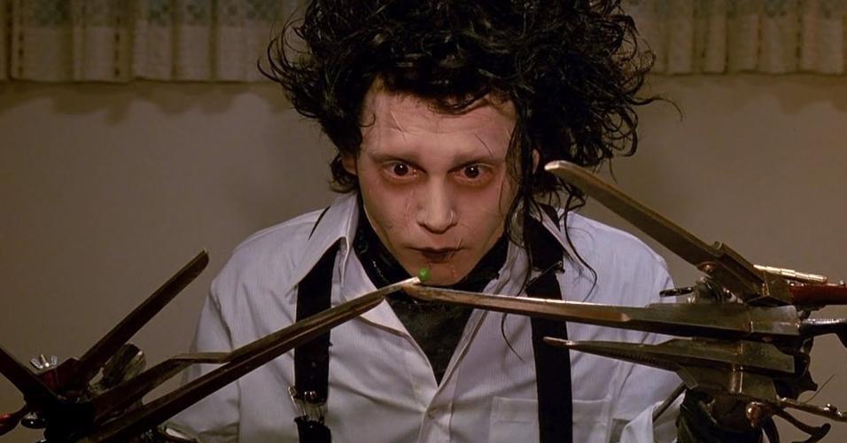 Edward Mãos de Tesoura, dirigido por Tim Burton, é um bom filme de Halloween que não é assustador (Foto: Divulgação)