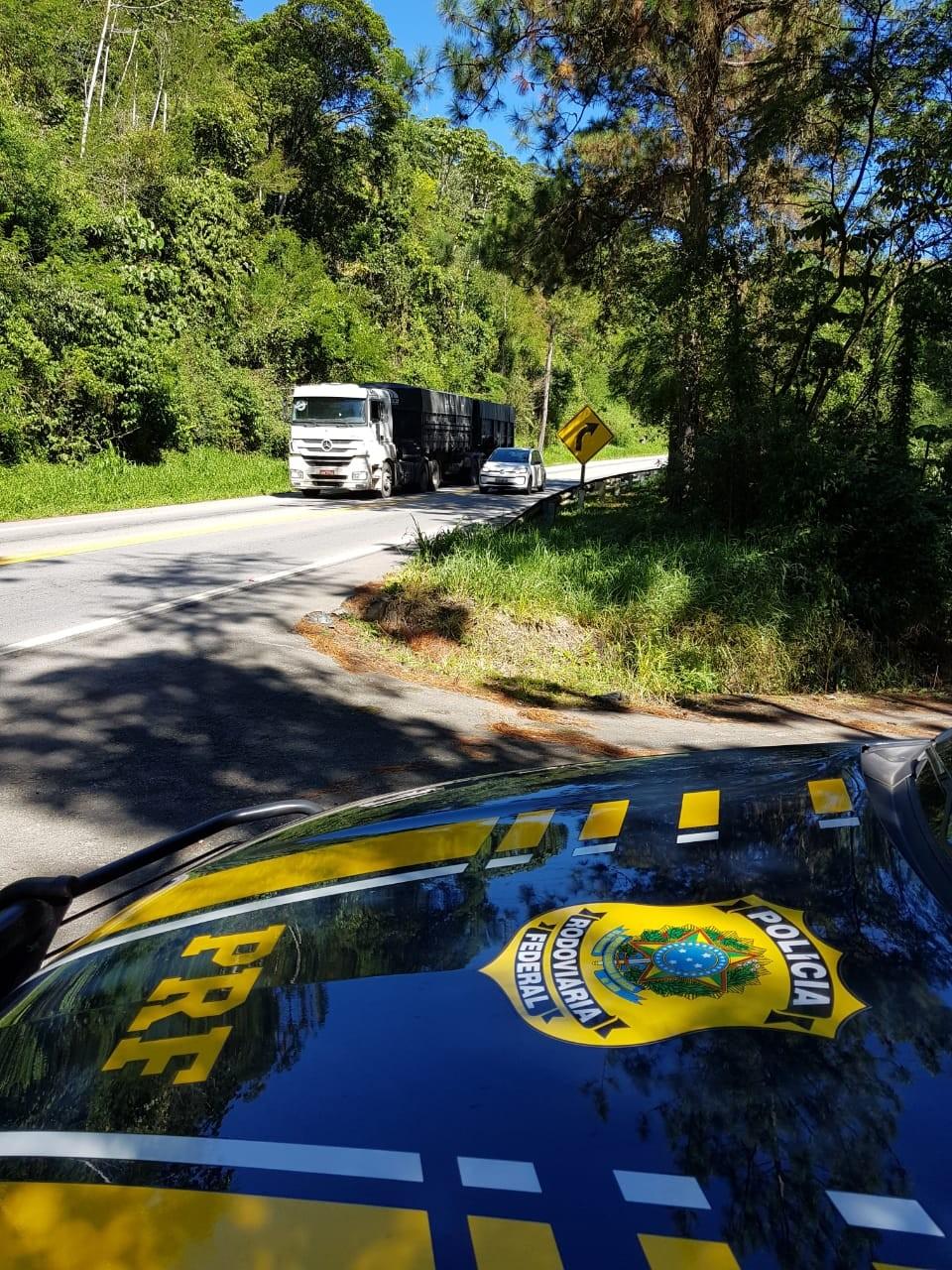 Pelo menos seis pessoas morreram nas estradas de SC durante o feriado de Páscoa - Noticias