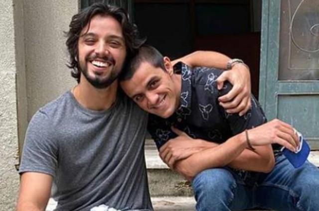 Rodrigo e Felipe Simas (Foto: Globo/Raphael Coqueiro)