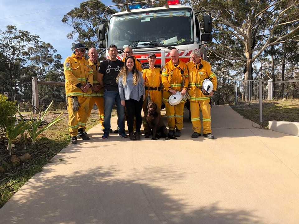 Os bombeiros foram até a casa da família (Foto: Reprodução/ Facebook)