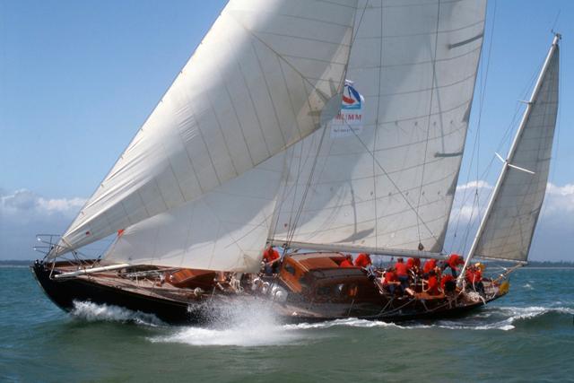 O Bloodhound, barco a vela xodó do Príncipe Philip (Foto: Divulgação)