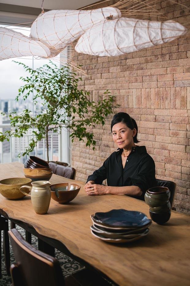 Ceramista Hideko Honma indica 5 peças que não podem faltar em qualquer casa (Foto: Gui Gomes)