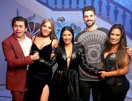 Whindersson, Luisa Sonza, Simaria, Alok e Simone: parceria em música que é sucesso nas paradas (Foto: Divulgação)