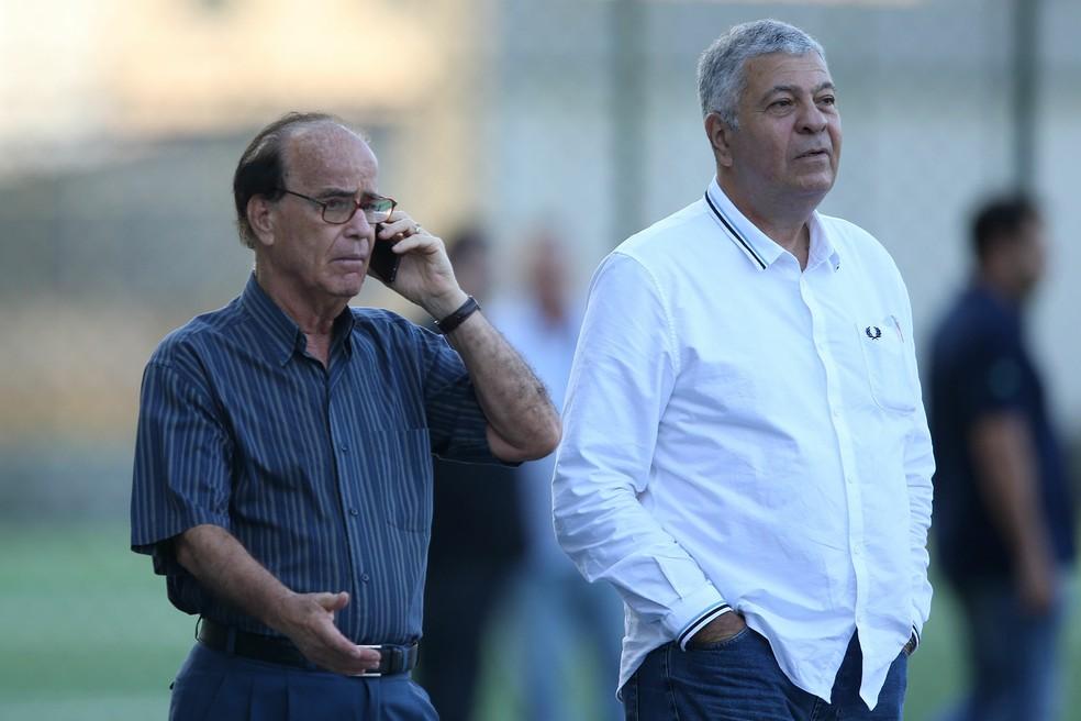 Antonio Lopes e Mantuano em treino do Botafogo — Foto: Vitor Silva/Botafogo