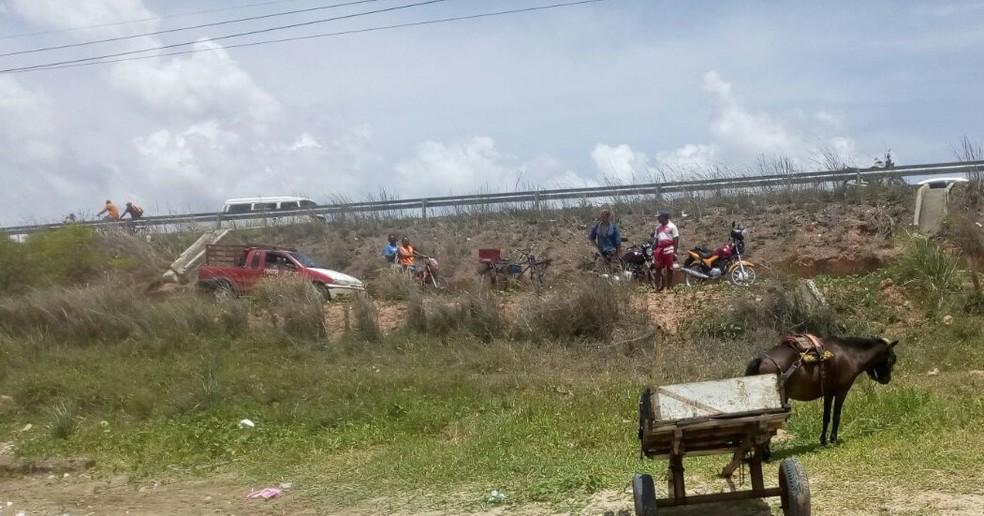 Pai e filho foram mortos a tiros na manhã desta sexta (9), em Macaíba (Foto: Polícia Militar/Divulgação)
