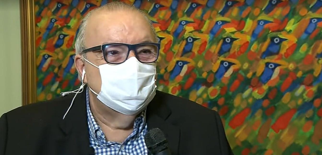 Após AVC, prefeito de Curitiba Rafael Greca diz que acordou sem quadro aparente de sequelas: 'Sereno e aparentemente melhor'