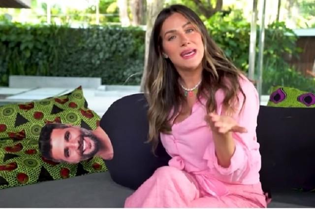 Giovanna Ewbank mostra totem de Bruno Gagliasso (Foto: Reprodução)