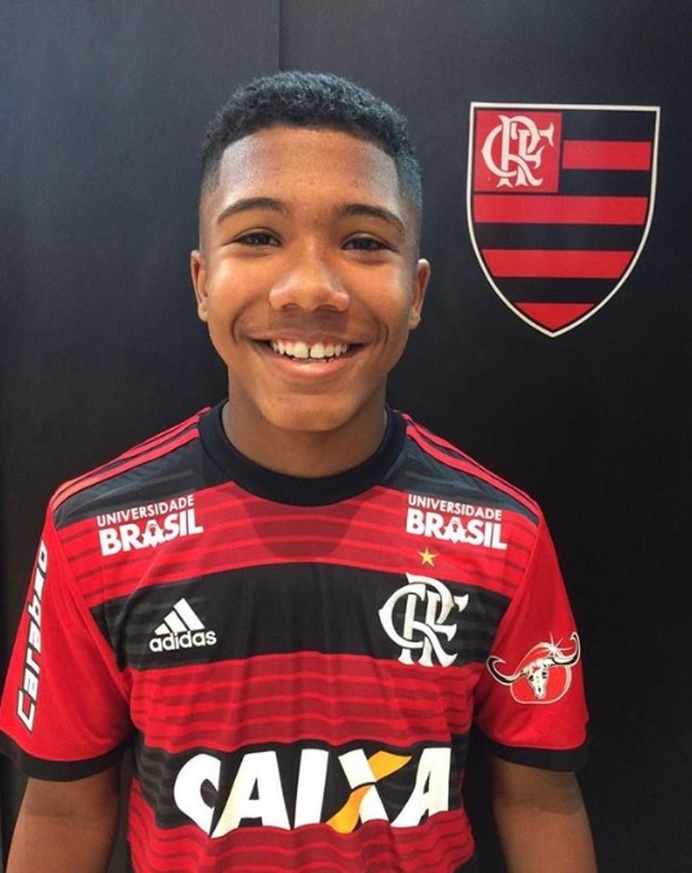 Victor Isaías, uma das vítimas do incêndio no CT do Flamengo — Foto: Reprodução/Instagram