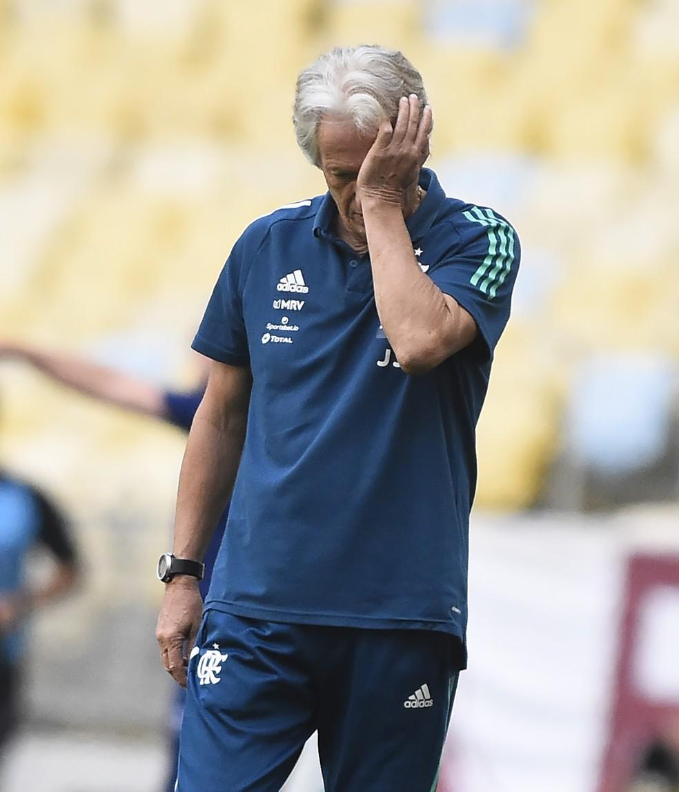 Contrato com o Flamengo oferece a Jorge Jesus quase o dobro de salário de proposta para voltar ao Benfica