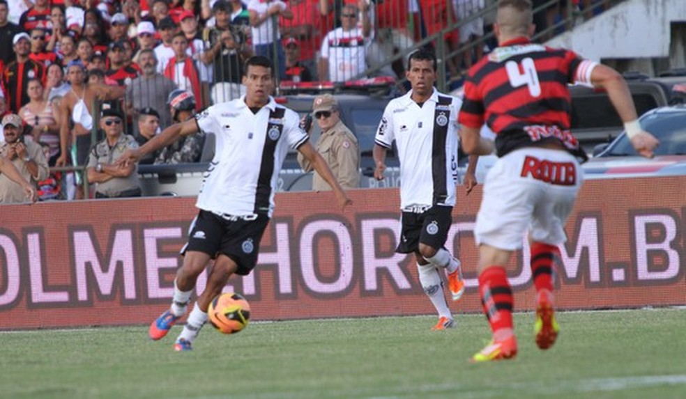 ASA foi vice-campeão da Copa do Nordeste de 2013 — Foto: Leonardo Silva / Jornal da Paraíba
