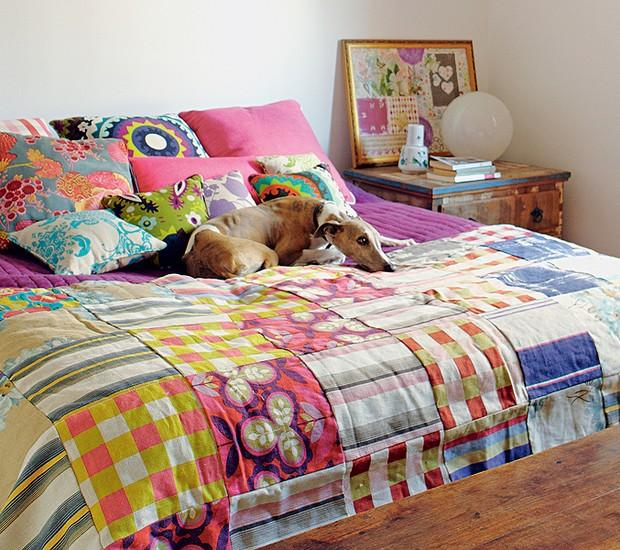O canto preferido do cão Ziggy – e da grande maioria – é a cama de seus donos (Foto: Victor Affaro / Editora Globo)
