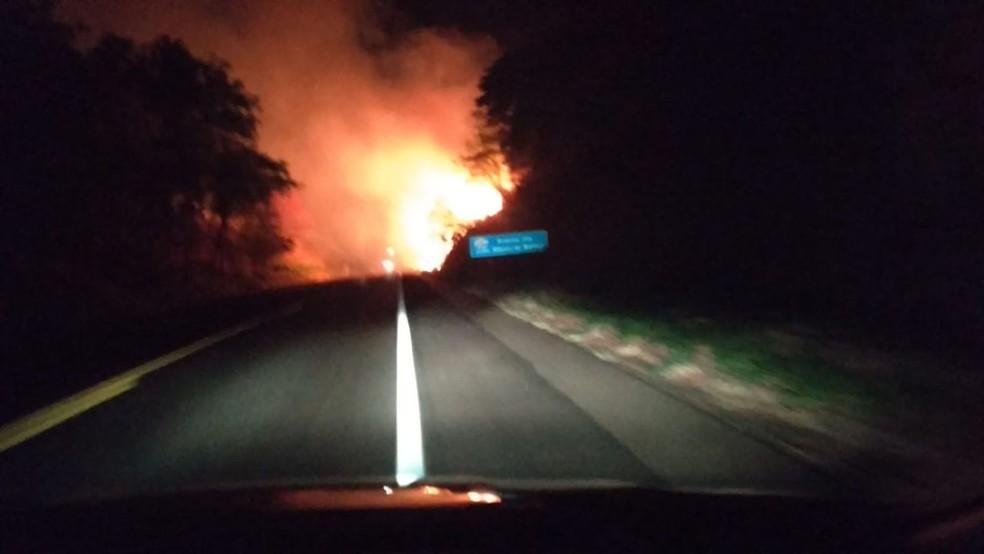 Defesa Civil alerta para riscos de incêndios em Osvaldo Cruz — Foto: Polícia Militar Rodoviária